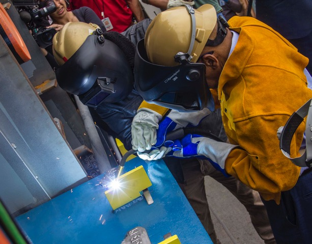 05-13-19-T-AO-Hull-571-Keel-Laying-Ceremony_15