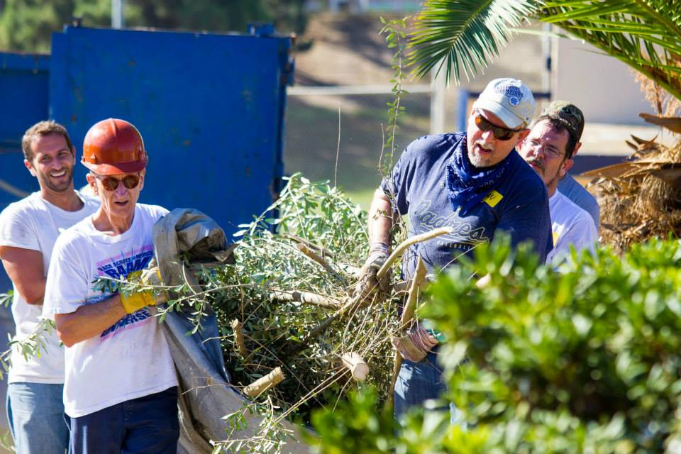 'I Love A Clean San Diego' Coastal Clean-Up Day
